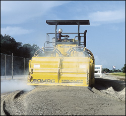 MPH454R Road Recycler soil stabilizer and recycler