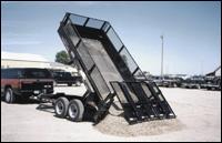 Towmaster hydraulic dump trailer