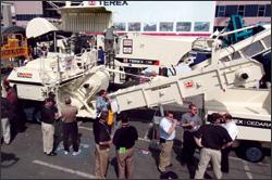 Terex Cedarapids CR662RM RoadMix Paver/Material Transfer Vehicle