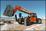 All-wheel-steer JLG telehandler