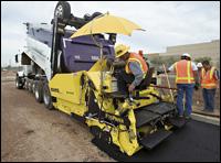 Bomag 814-2 asphalt paver