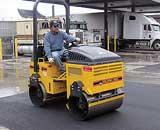 WolfPac ride-on asphalt roller