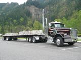 Freighliner FLD-SD Class 8 truck