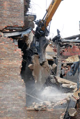 Genesis demolition recycler pulverizing attachment