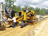 Gomaco GT 3600 curb and gutter machine