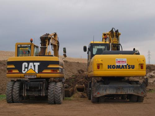 gruppo komatsu  macchine industriali Komatsu%3Acat